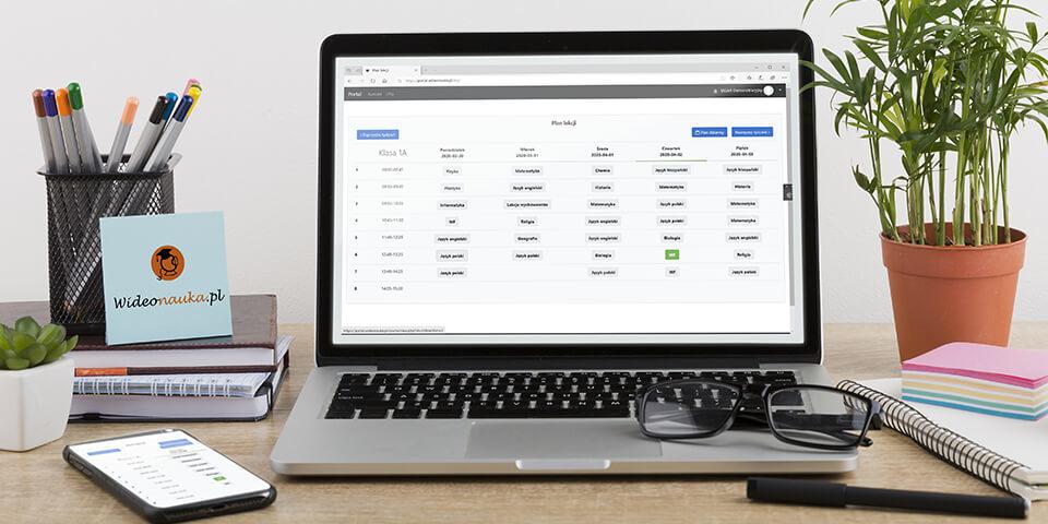 Platforma do e-lekacji dla uczniów szkół